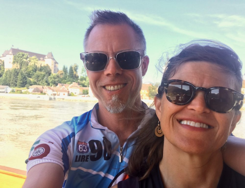 Tandem Cycling for Shared Vision